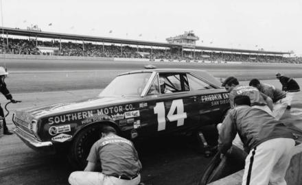 Jim Paschal pits the Tom Friedkin Plymouth during the 1966 Daytona 500 - Paschal finished 11th___